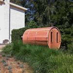 Fenêtres supplémentaires à l'arrière du baril de sauna